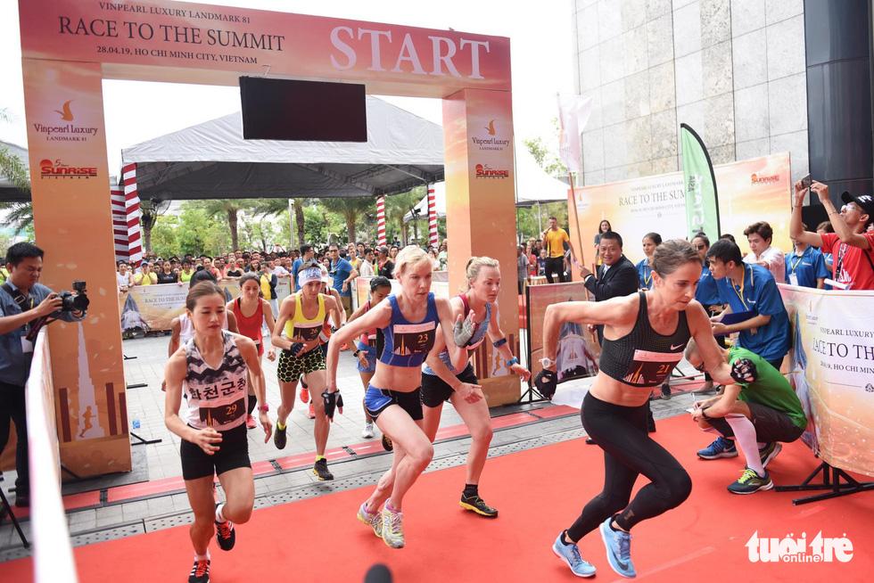 700 vận động viên tham gia cuộc đua 81 tầng - Ảnh 11.