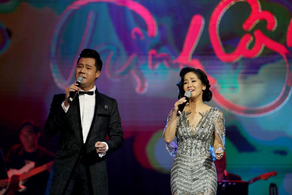 Nhớ Trịnh Công Sơn, Tokiko Kato ôm đàn hát Bài ca tặng anh - Ảnh 7.