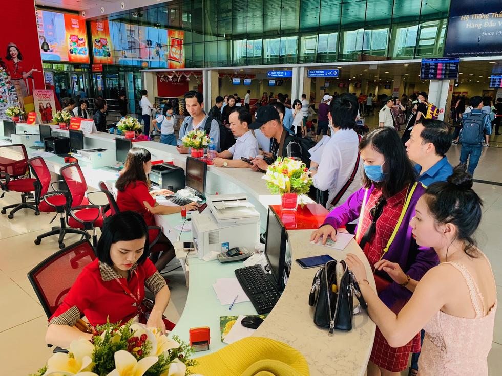 Hãng bay Việt có tỉ lệ đúng giờ như thế nào với thế giới? - Ảnh 1.