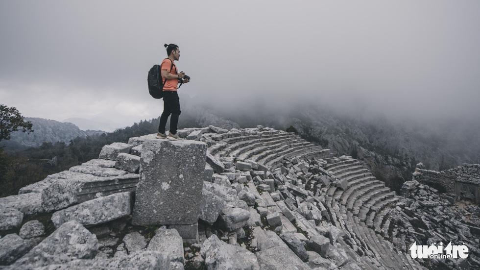 Nghe gió, ngắm mây trên những cổng đá ngàn năm của Termessos - Ảnh 9.