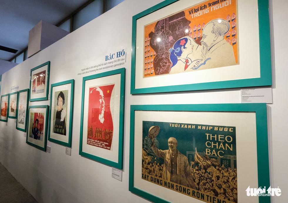 Triển lãm chân dung Hồ Chí Minh từ tranh cổ động - Ảnh 6.