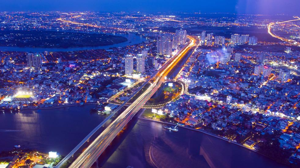 Ngắm Sài Gòn từ độ cao 400m của tòa nhà Landmark 81 - Ảnh 3.