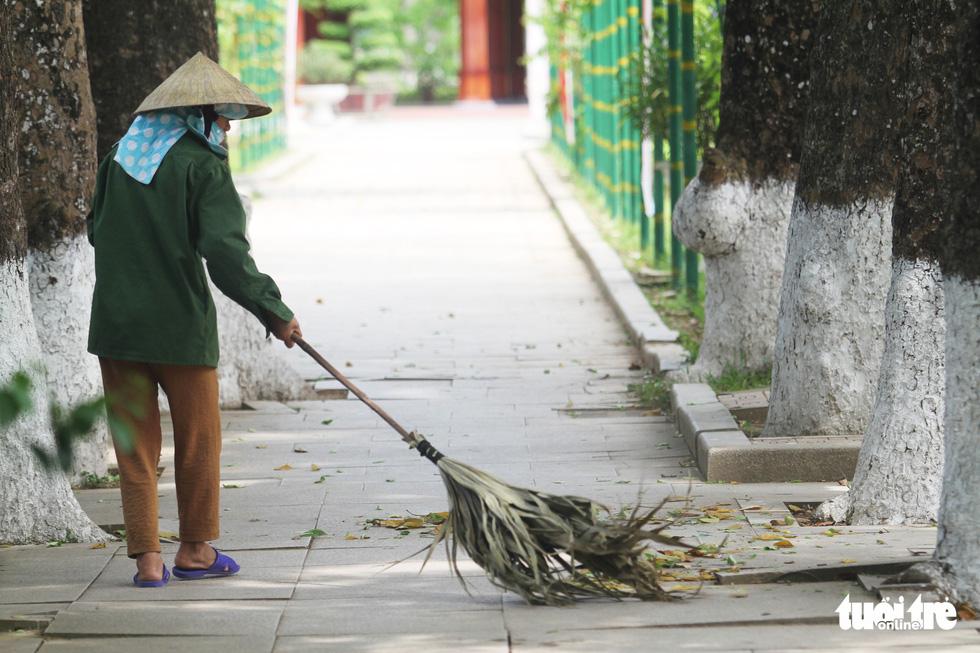 Về làng Sen, Hoàng Trù rợp bóng cây xanh - Ảnh 18.