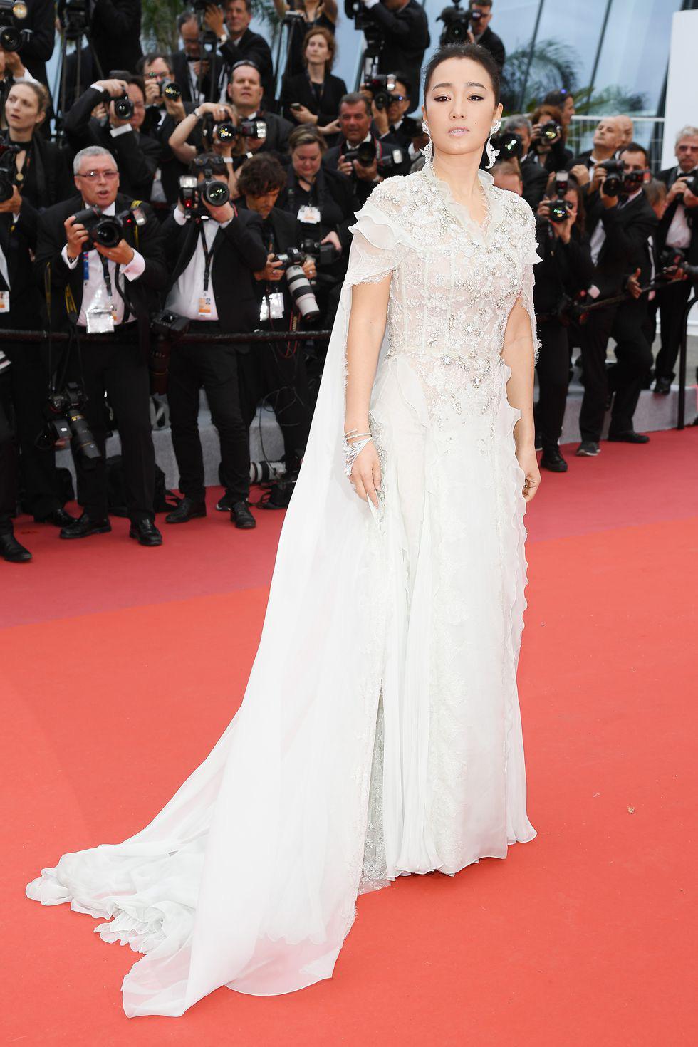 Cannes khai mạc với zombie, chính trị và bình đẳng giới - Ảnh 12.