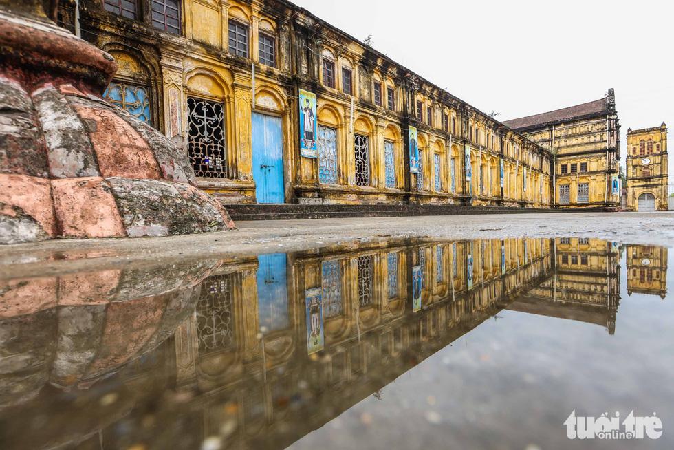 Ngắm hình ảnh nhà thờ Bùi Chu đẹp ngỡ ngàng sắp hạ giải - Ảnh 4.