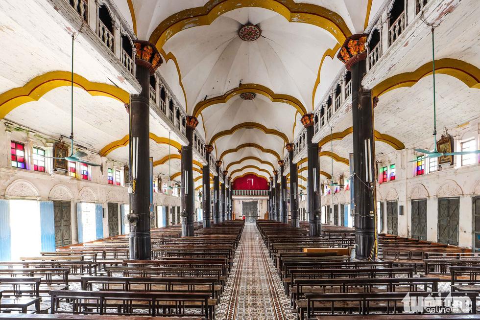 Ngắm hình ảnh nhà thờ Bùi Chu đẹp ngỡ ngàng sắp hạ giải - Ảnh 8.