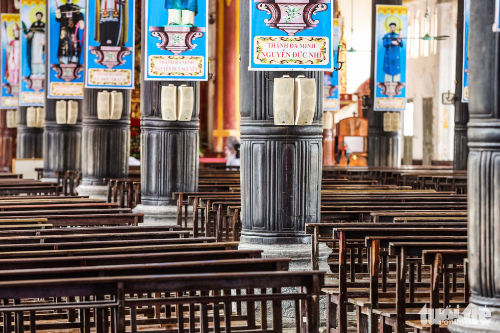 Ngắm hình ảnh nhà thờ Bùi Chu đẹp ngỡ ngàng sắp hạ giải - Ảnh 9.