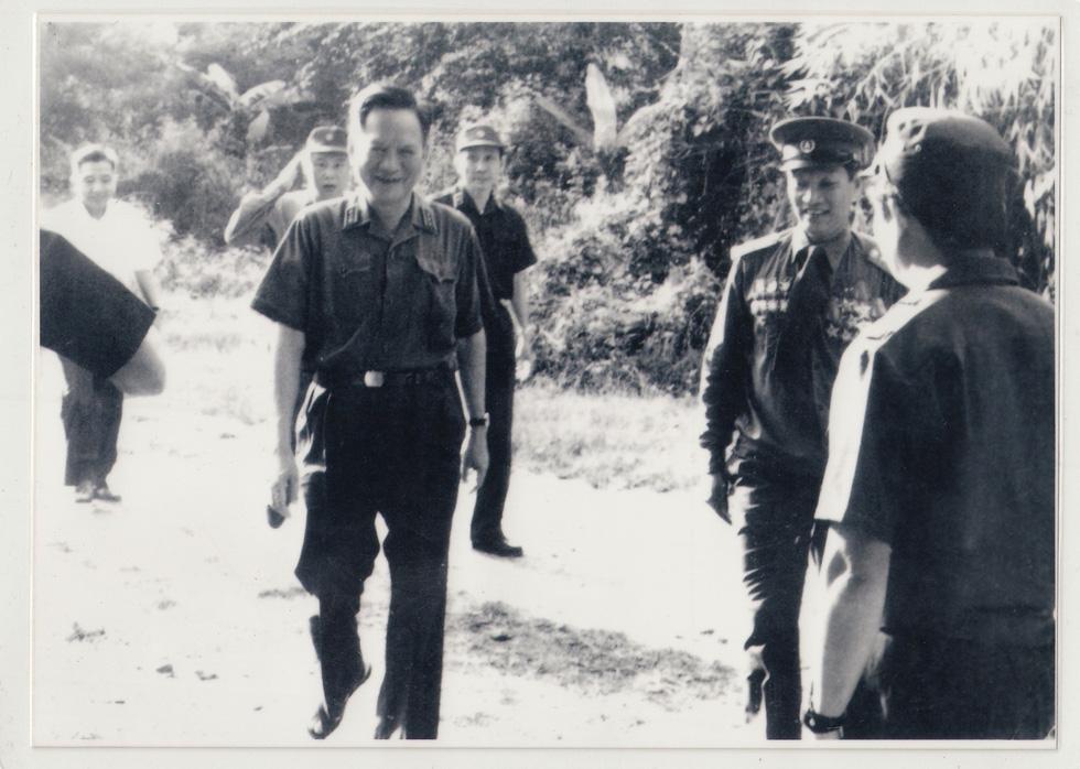 Đại tướng Lê Đức Anh - Tà Sáu Việt Nam của nhân dân Campuchia - Ảnh 1.