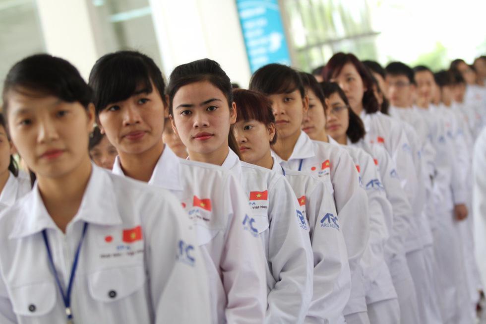 Hơn 200 lao động Việt Nam thi đỗ lấy tư cách lưu trú tại Nhật Bản - Ảnh 1.
