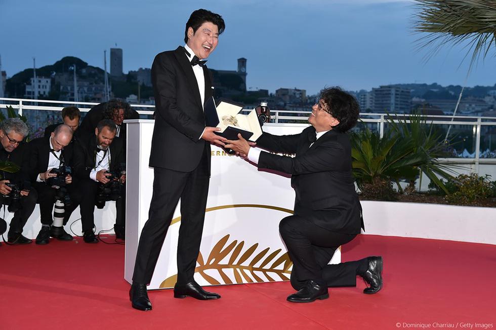 Những khoảnh khắc không thể nào quên làm nên Cannes 2019 - Ảnh 2.