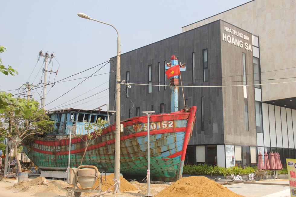 Con tàu lịch sử từng bị tàu Trung Quốc gây hấn về Nhà trưng bày Hoàng Sa - Ảnh 1.