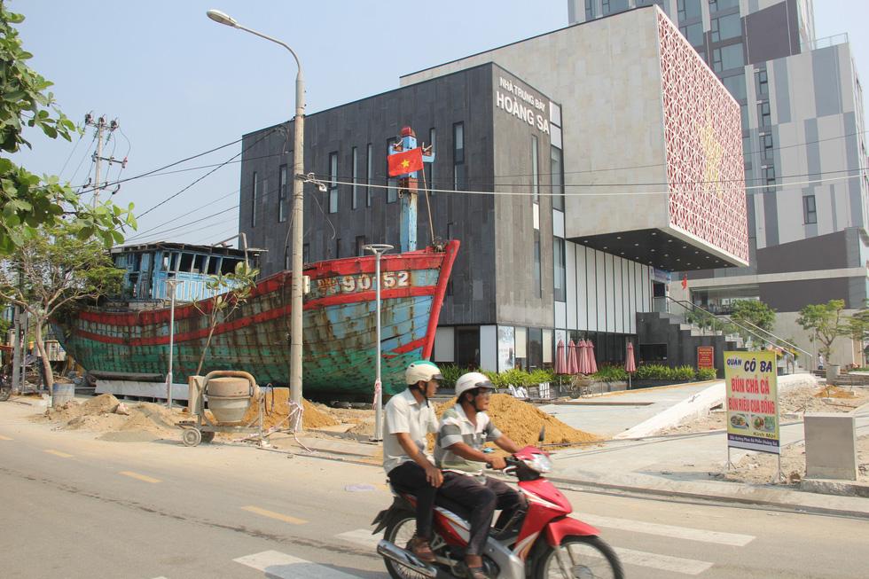 Con tàu lịch sử từng bị tàu Trung Quốc gây hấn về Nhà trưng bày Hoàng Sa - Ảnh 7.