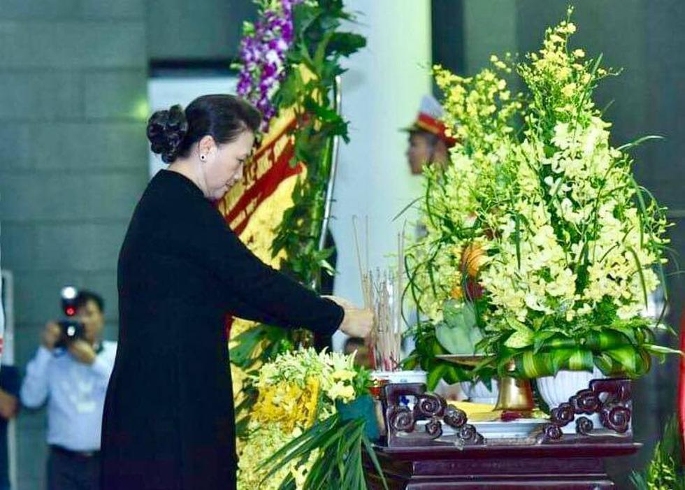 Lễ viếng nguyên Chủ tịch nước Lê Đức Anh - Ảnh 5.