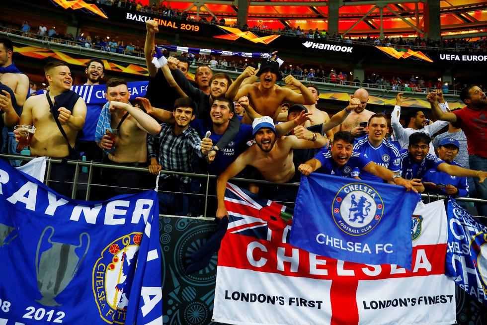 Chelsea tưng bừng ăn mừng chức vô địch Europa League - Ảnh 14.