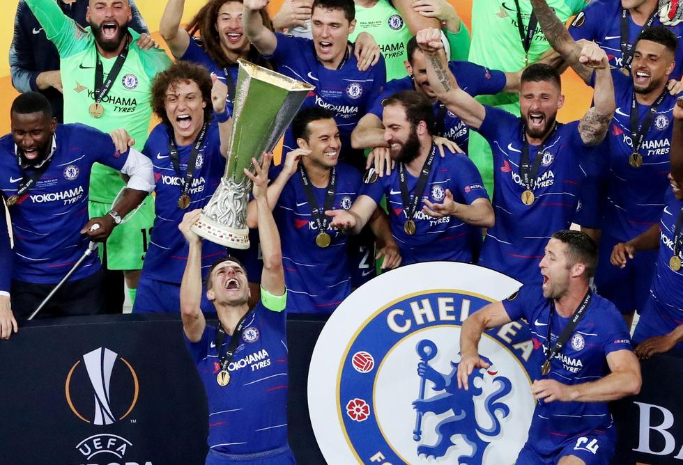 Chelsea tưng bừng ăn mừng chức vô địch Europa League - Ảnh 5.