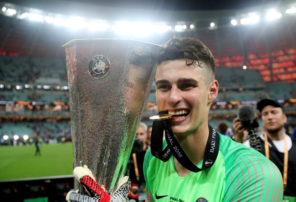 Chelsea tưng bừng ăn mừng chức vô địch Europa League - Ảnh 10.