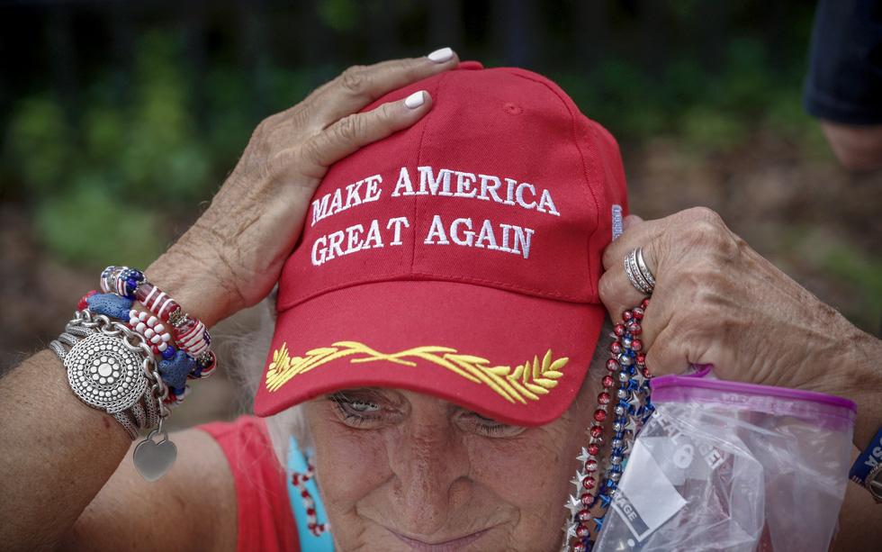 Xí chỗ chờ nghe ông Trump tuyên bố tái tranh cử  - Ảnh 8.