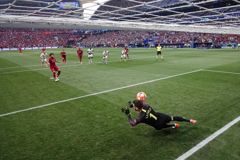 Liverpool tưng bừng ăn mừng chức vô địch Champions League - Ảnh 2.