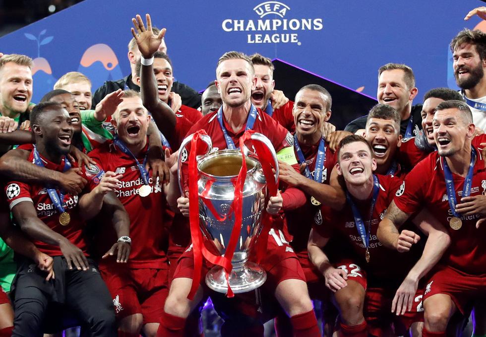 Liverpool tưng bừng ăn mừng chức vô địch Champions League - Ảnh 6.