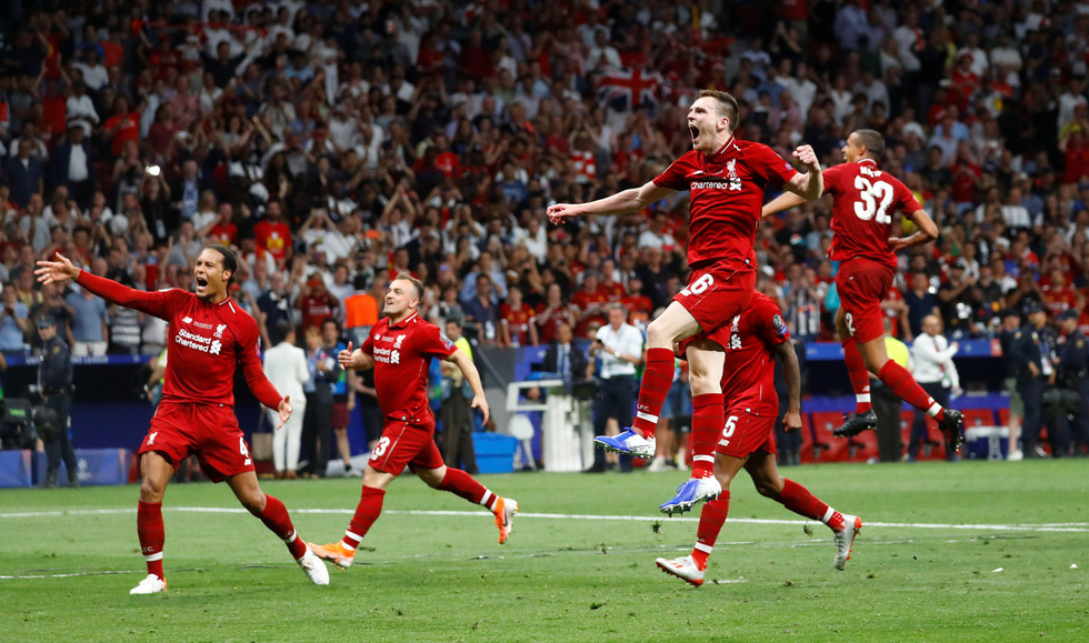 Liverpool tưng bừng ăn mừng chức vô địch Champions League - Ảnh 5.