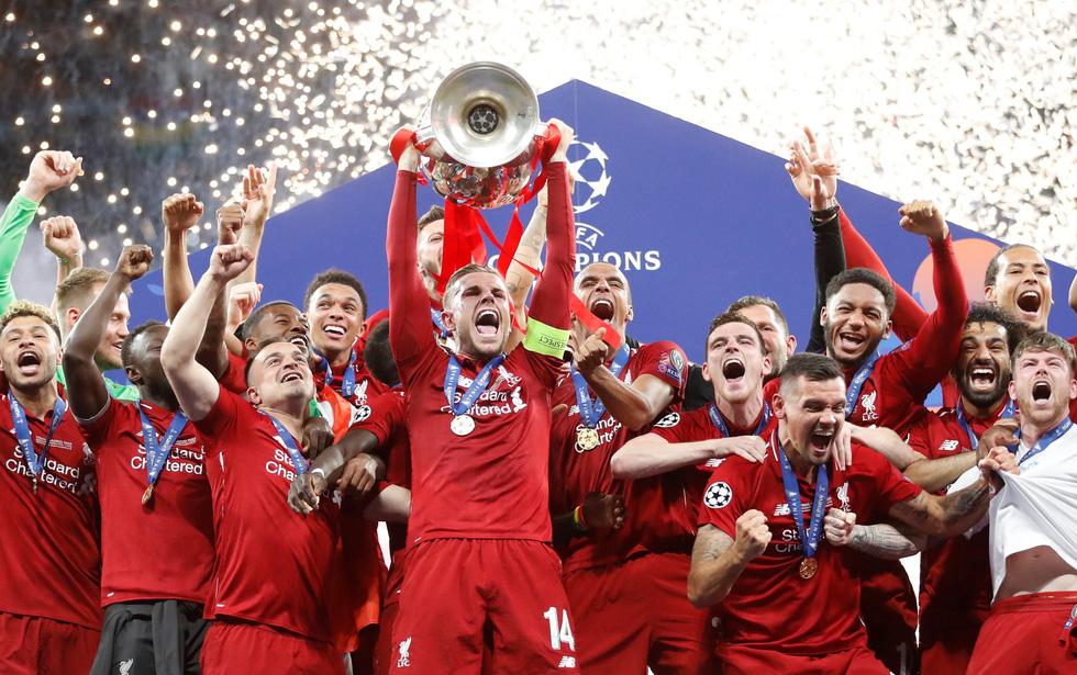 Liverpool tưng bừng ăn mừng chức vô địch Champions League - Ảnh 7.