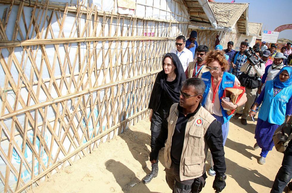 Nhật ký những chuyến đi của Angelina Jolie: Hành trình của một người từ ái - Ảnh 7.