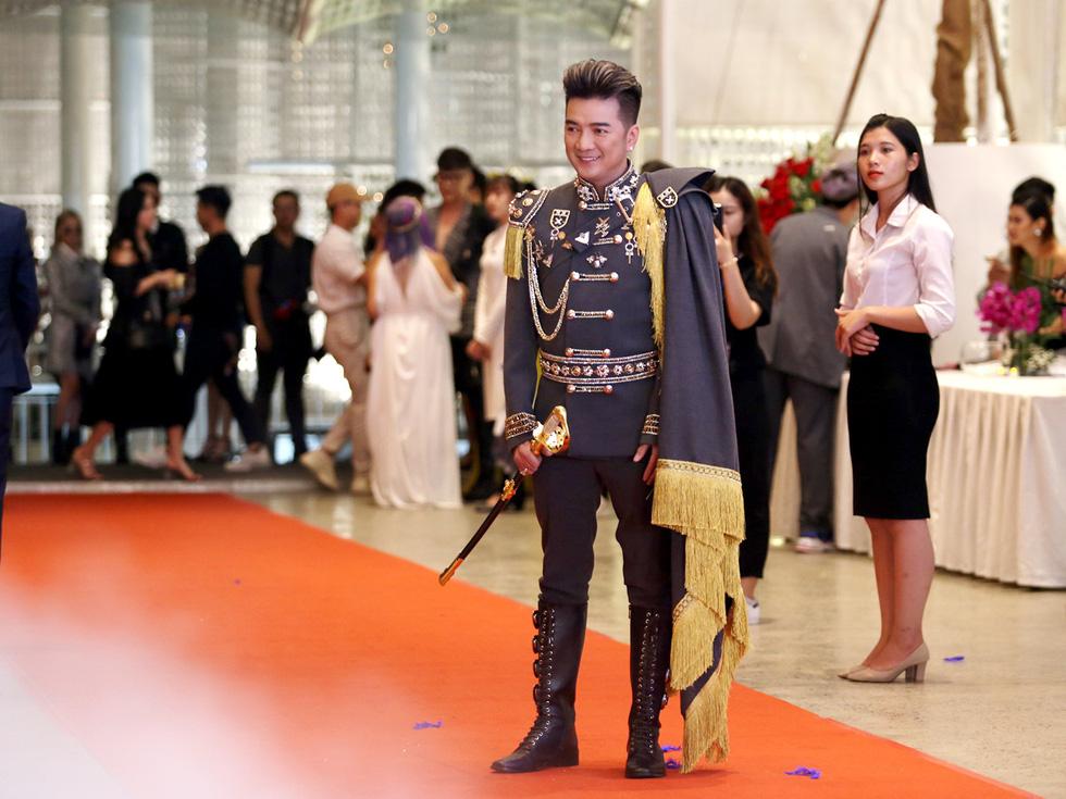 I am Diva của Thu Minh: Đêm điên rồ của nghệ sĩ Việt - Ảnh 10.