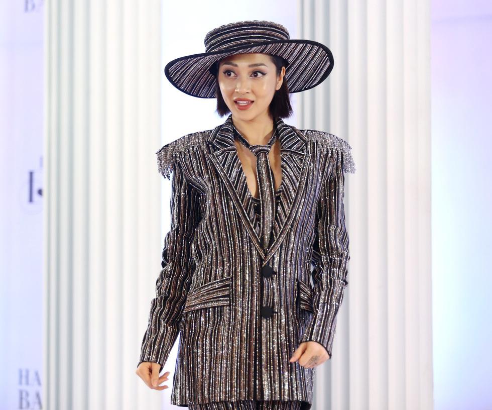 I am Diva của Thu Minh: Đêm điên rồ của nghệ sĩ Việt - Ảnh 17.