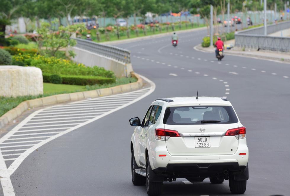 Đánh giá xe Nissan Terra ở hai mục đích sử dụng phổ biến nhất Việt Nam - Ảnh 5.