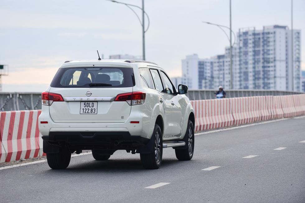 Đánh giá xe Nissan Terra ở hai mục đích sử dụng phổ biến nhất Việt Nam - Ảnh 4.