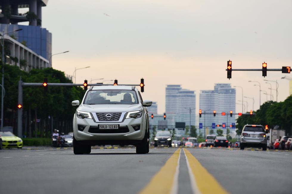 Đánh giá xe Nissan Terra ở hai mục đích sử dụng phổ biến nhất Việt Nam - Ảnh 2.