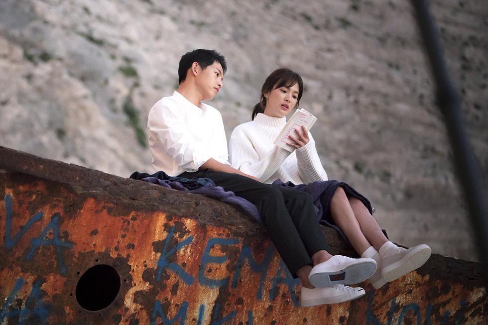Song Joong Ki và Song Hye Kyo ly hôn chấn động: niềm tin tình yêu cổ tích tan vỡ! - Ảnh 1.