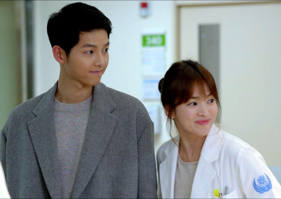Song Joong Ki và Song Hye Kyo chính thức ly hôn, không chia tài sản - Ảnh 7.