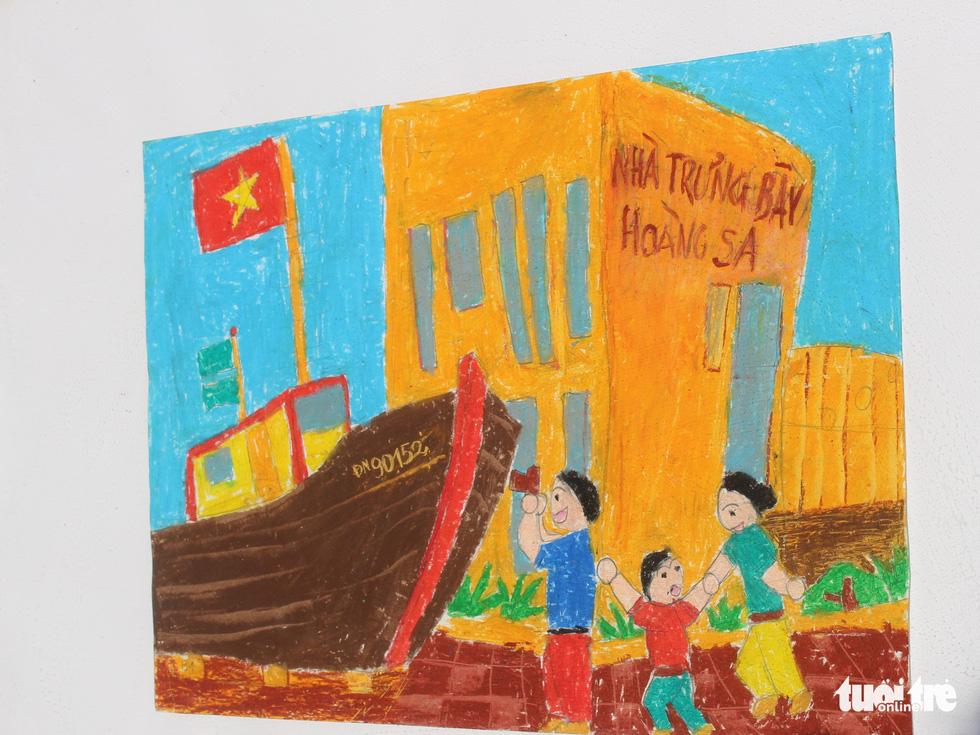 Ước mơ xúc động của trẻ em qua tranh vẽ Hoàng Sa, Trường Sa - Ảnh 17.