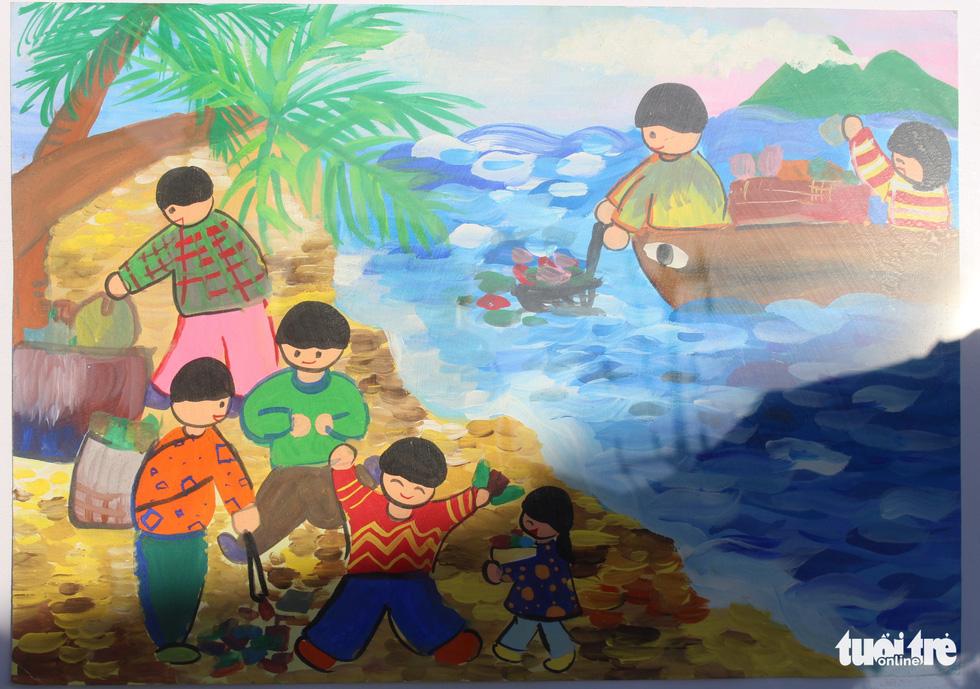 Ước mơ xúc động của trẻ em qua tranh vẽ Hoàng Sa, Trường Sa - Ảnh 18.