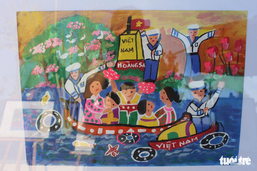 Ước mơ xúc động của trẻ em qua tranh vẽ Hoàng Sa, Trường Sa - Ảnh 22.