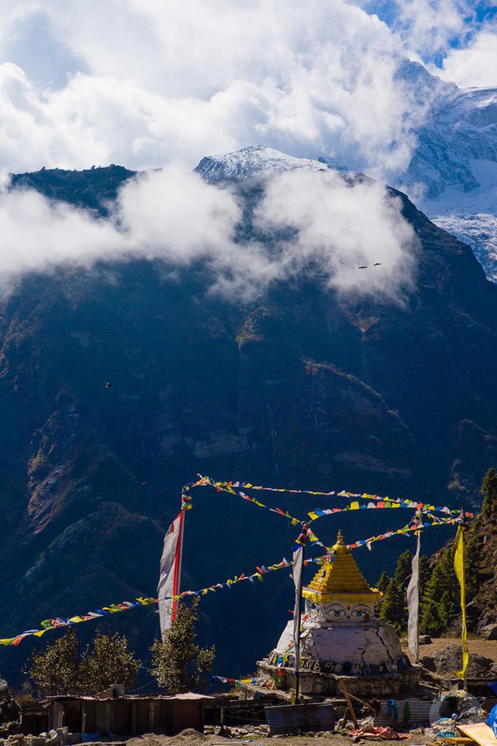 Giữ sức khỏe, chống say độ cao khi leo núi, trek đường dài  - Ảnh 2.