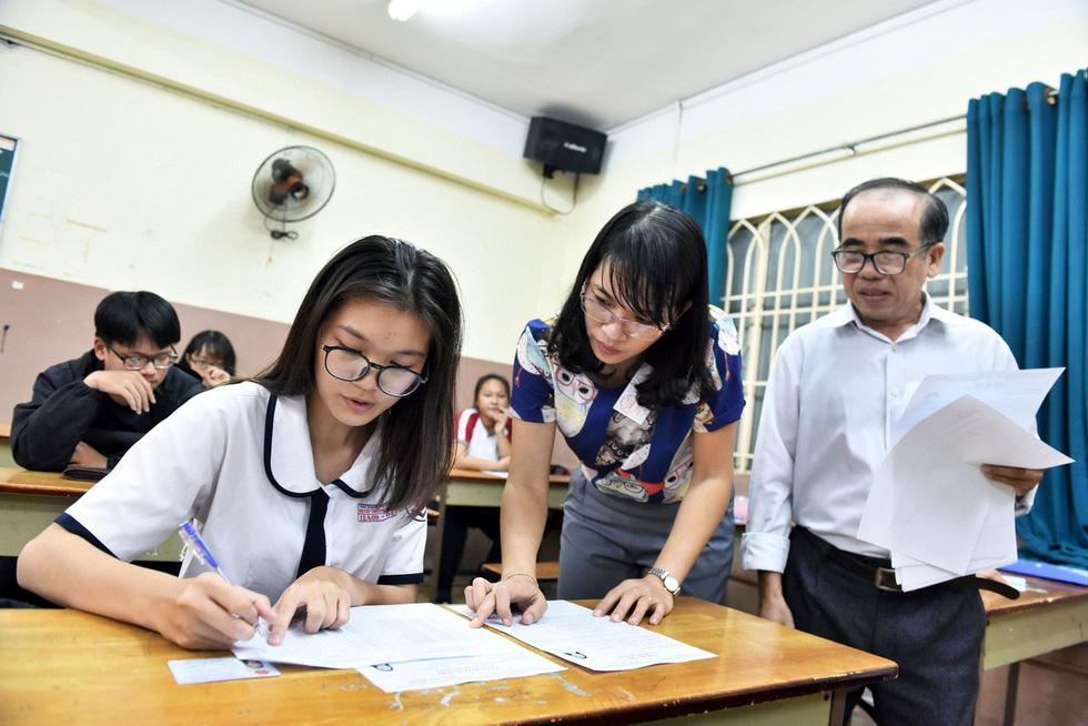 Đáp án môn tiếng Nhật thi THPT quốc gia - Ảnh 3.