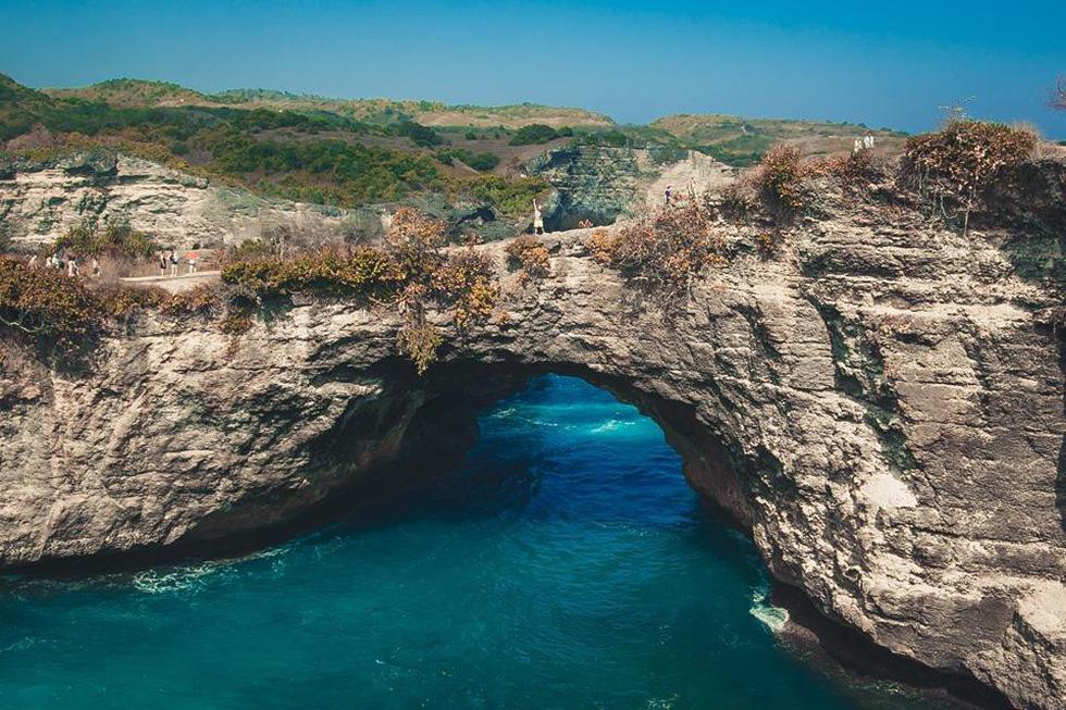 Thổn thức cùng sắc xanh trời biển của Nusa Penida - Ảnh 5.