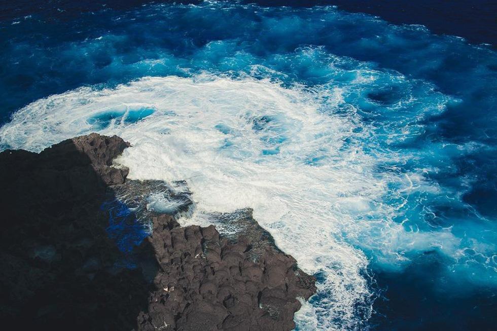 Thổn thức cùng sắc xanh trời biển của Nusa Penida - Ảnh 6.