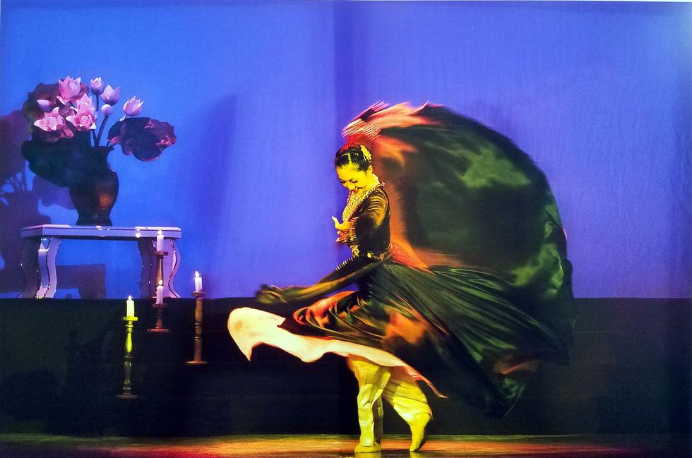 Động, tĩnh và thần thái đầy thách thức của Múa qua mắt Hồng Nga - Ảnh 10.