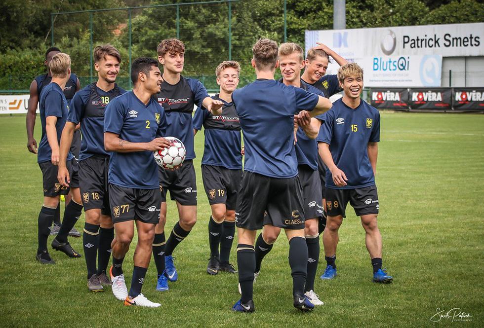 Công Phượng tươi cười khi chứng kiến đồng đội đá bại Gent - Ảnh 5.