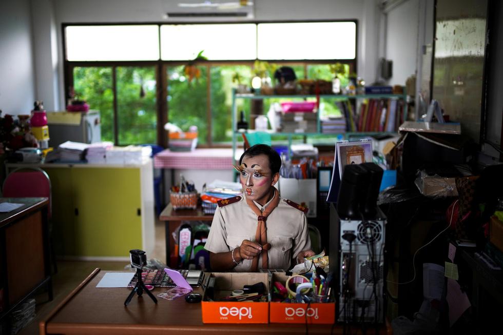 Thầy quái ở Thái Lan - Ảnh 4.