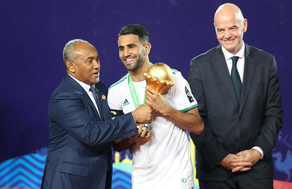 Algeria ăn mừng trong phấn khích sau khi lên ngôi vô địch CAN 2019 - Ảnh 8.