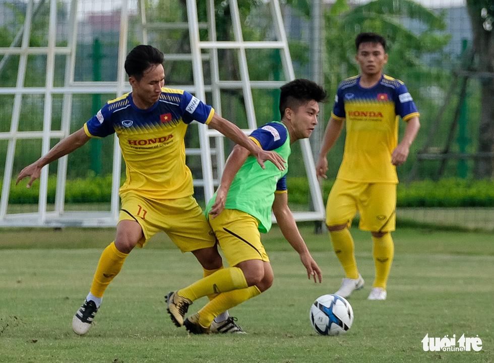 HLV Park Hang-seo hướng dẫn U22 Việt Nam chuẩn bị SEA Games 30 - Ảnh 10.