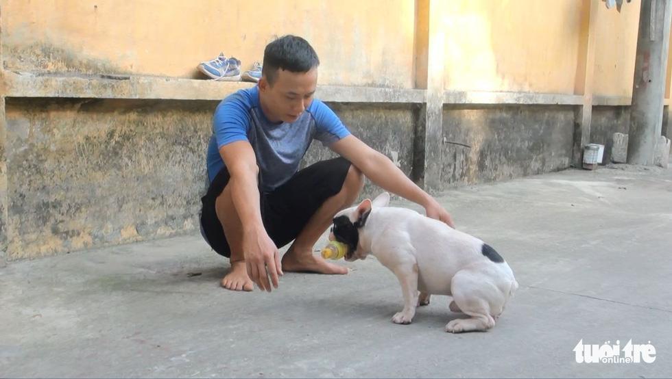 Vựa ve chai của chú chó đáng yêu tại Hà Nội - Ảnh 5.