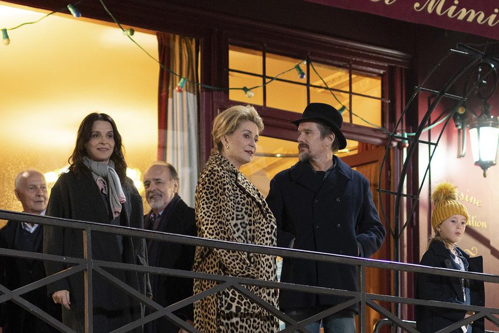 Phim mới của Brad Pitt, Củng Lợi... tranh giải Sư tử vàng ở Venice - Ảnh 8.
