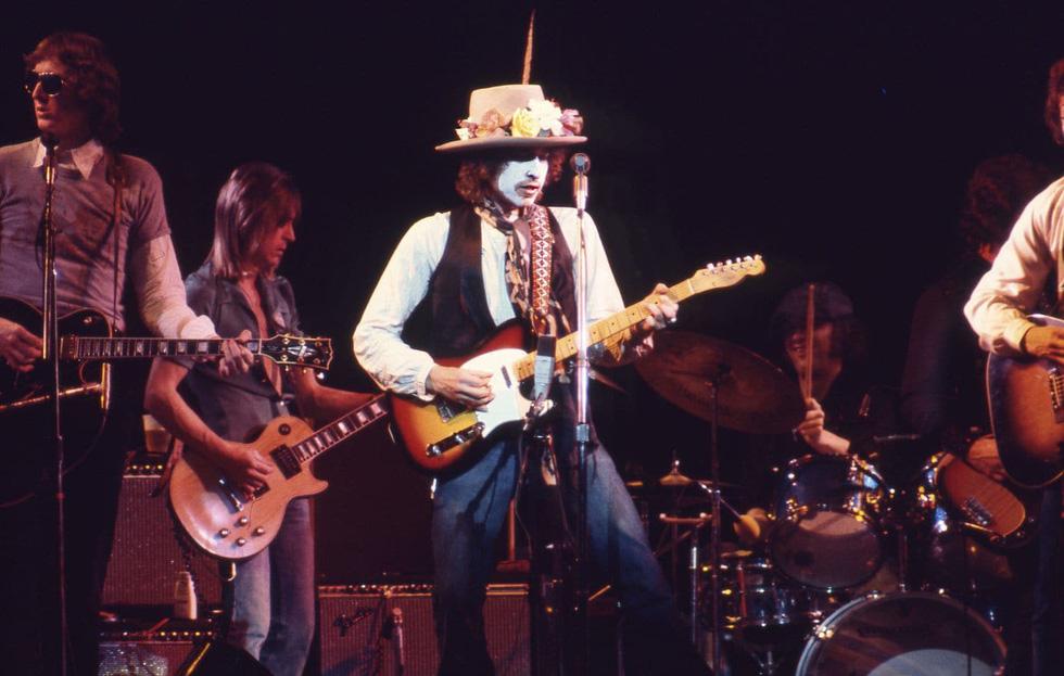 Bob Dylan qua Rolling Thunder Revue: Tôi là một kẻ trác táng thích ngao du - Ảnh 8.