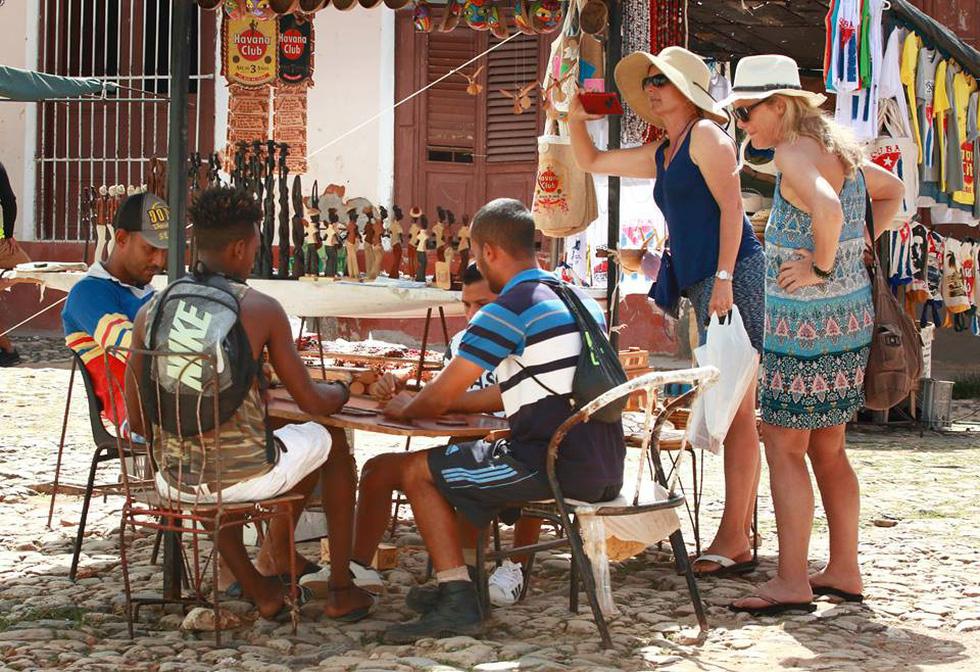 Du lịch Cuba, đừng kết hợp... đi buôn - Ảnh 4.
