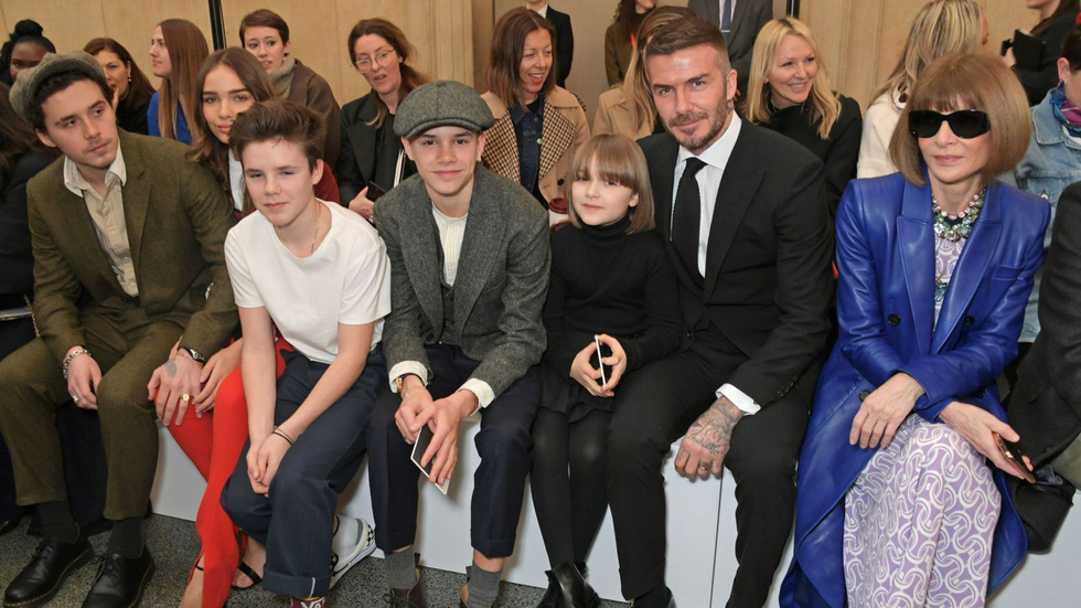 Beckham tự hào 20 năm một vợ bốn con, hạnh phúc với Victoria - Ảnh 20.